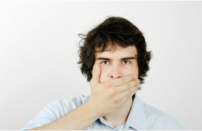 Противопоказания для отбеливания зубов